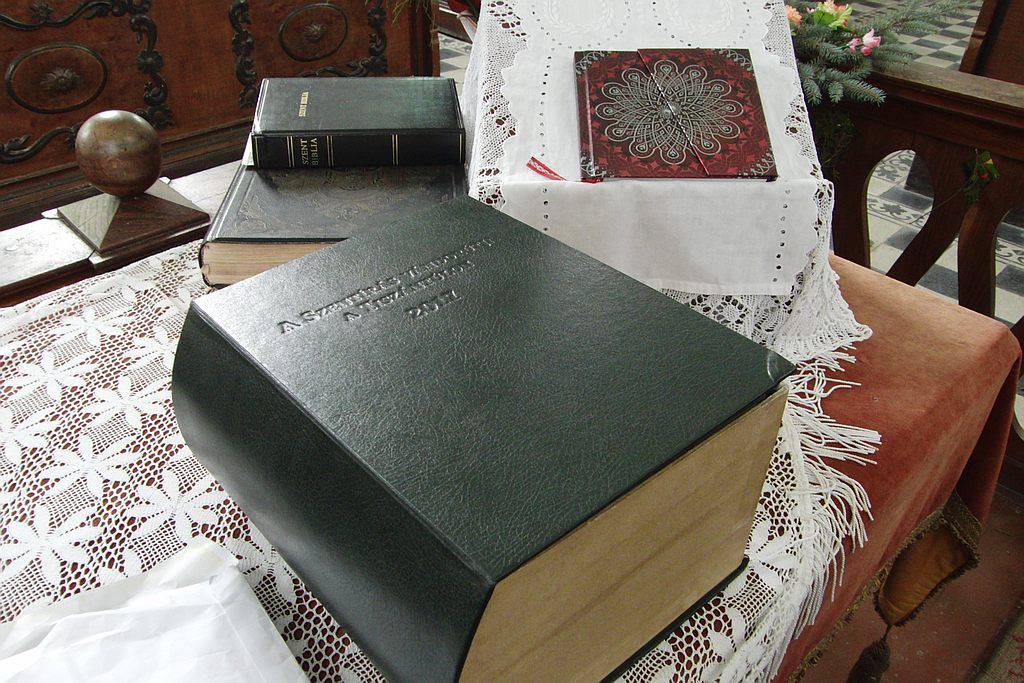 A Vándorbiblia Köröstarcsán