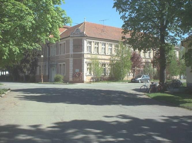 Általános Iskola - Kossuth u. 6.